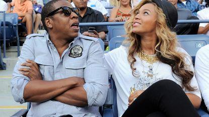 """Beyoncé en Jay-Z bleven zitten tijdens volkslied op Super Bowl: """"Het was geen protest"""""""