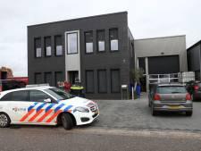 Burgemeester sluit halve loods van 'growshop' in Venhorst