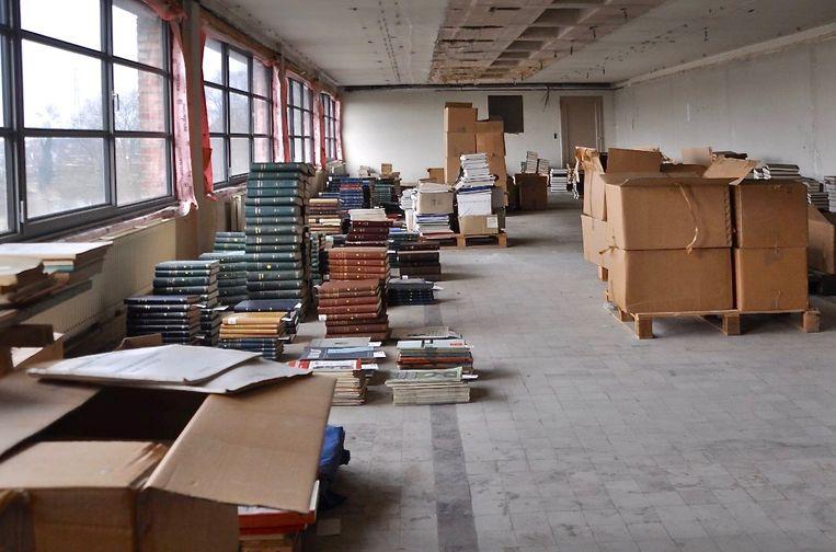 De bibliotheek van het Ministerie van Openbare Werken werd de voorbije jaren in Transfo Zwevegem opgeslagen