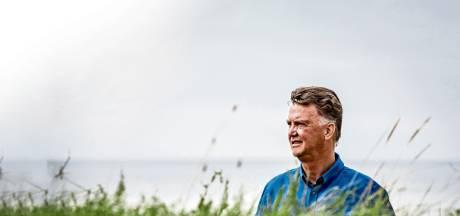 Van Gaal over corona: 'Deze ongekende crisis biedt óók kansen'