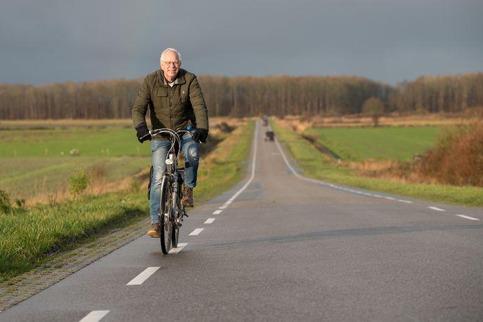 Bram van Klink ziet met verlangen uit naar een mooi seizoen voor 'Fietsen voor Senioren' dit jaar. Hij gaat er met veel enthousiasme, weer verrassende routes voor samenstellen.