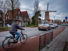 Maassluise Julianalaan blijft racebaan, bewoners eisen actie van gemeente