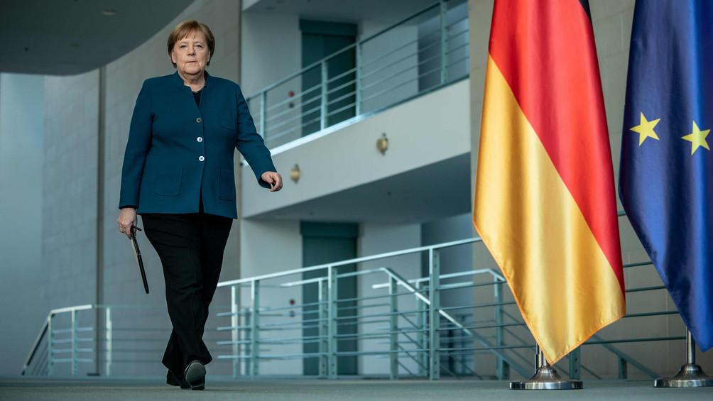 LIVE | Aboutaleb denkt aan contactverbod, Merkel in quarantaine en Weinstein besmet