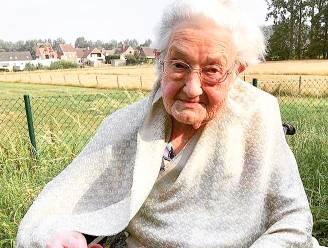 """Door coronacrisis geen feestje voor 100ste verjaardag van Edith: """"Wie stuurt haar een kaartje?"""""""