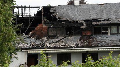 Roemenen op zolder ontkomen aan brand