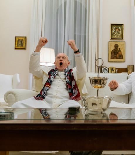 Fenomenale vertolkingen van Anthony Hopkins en Jonathan Pryce in The Two Popes