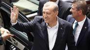 """Erdogan roept partijen op """"stabiliteit"""" te bewaren"""