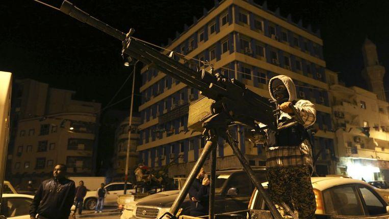 Gewapende militietroepen in Benghazi Beeld reuters