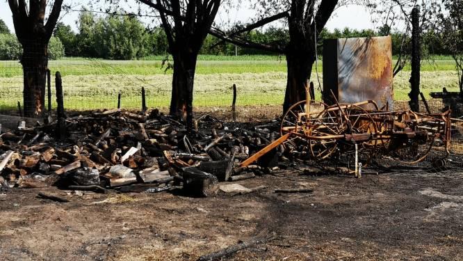 """Brandweerman (23) uit Zelzate verdacht van vijf brandstichtingen: """"Door mijn moeilijke jeugd heb ik domme dingen gedaan"""""""