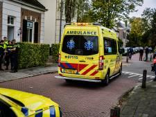 Meisje gewond doordat het onder bestelbus terechtkwam in Velp