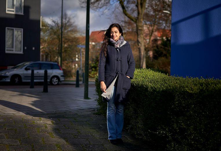 Jaswina Elahi, onderzoekster en docent aan de Haagse Hogeschool. Beeld Phil Nijhuis