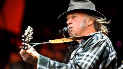 Rockicoon Neil Young komt op 9 juli naar het Antwerpse Sportpaleis