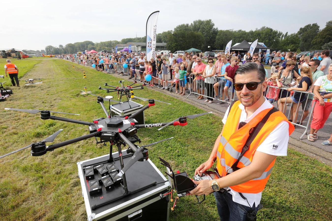 Drones werden getest tijdens de opendeurdag.