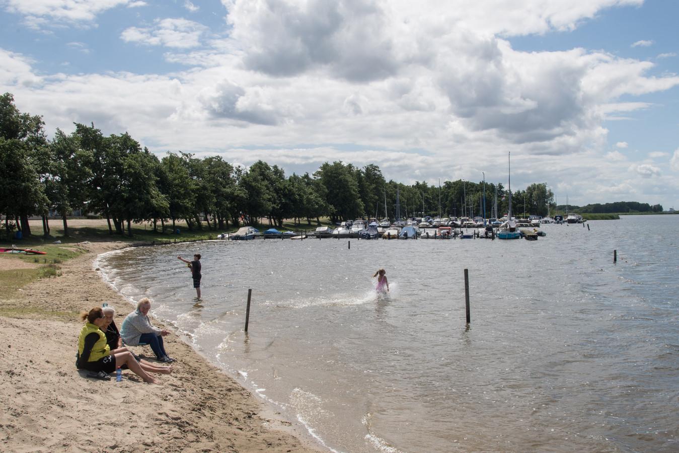 Het Veluwemeer bij Hulshorst.