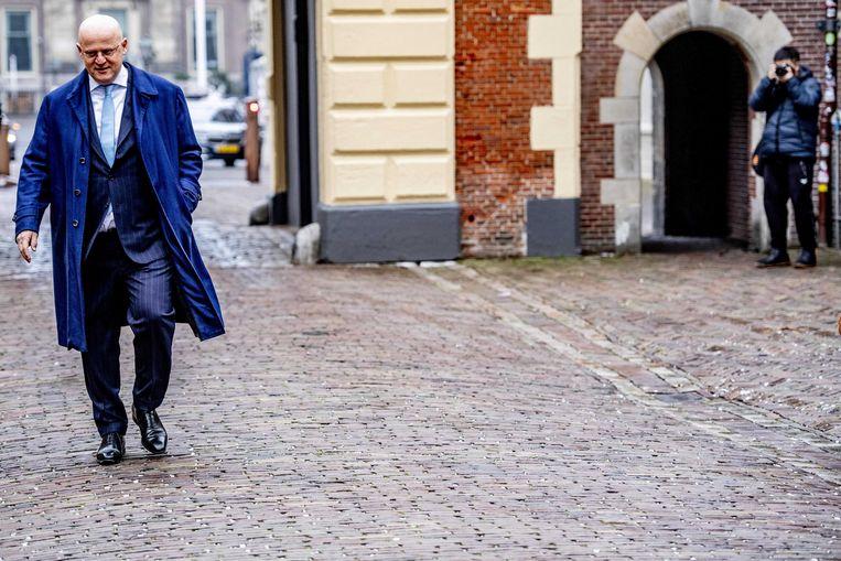 Minister Ferdinand Grapperhaus van Justitie en Veiligheid (CDA) komt aan op het Binnenhof voor de wekelijkse ministerraad. Beeld ANP