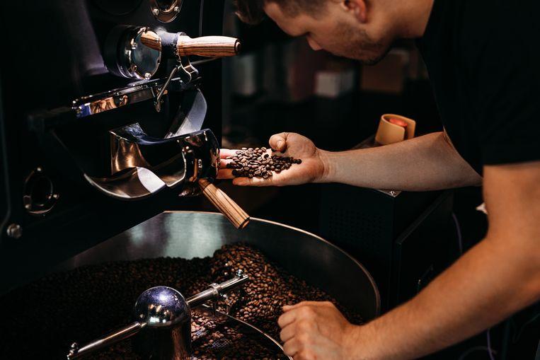 Voor het beste resultaat moeten de bonen grover gemalen worden dan gebruikelijk voor het zetten van espresso's.