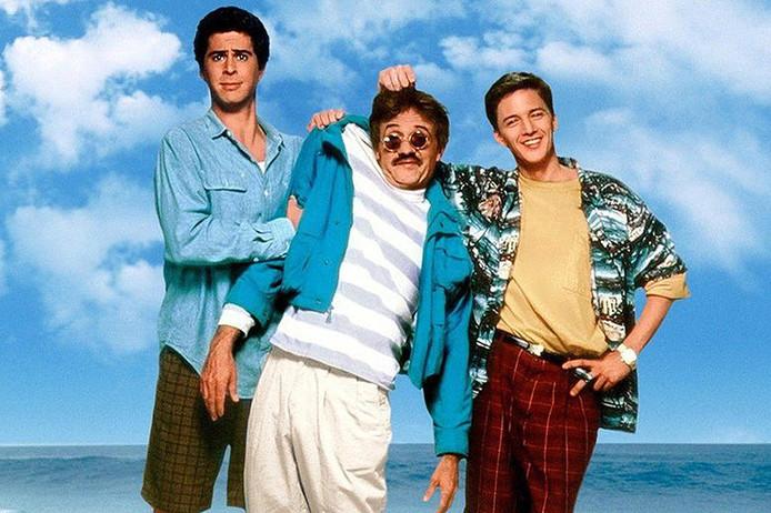 De hoofdrolspelers in 'Weekend at Bernie's'