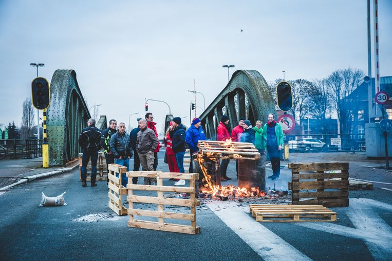 nationale staking in Gent, Meulestedebrug
