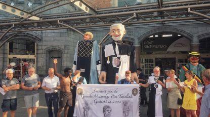 Reuzen Destelbergen op blind date naar Gentse Feesten
