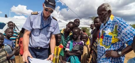 Brakelse piloot vliegt voor onderscheiden Sudanese bisschop