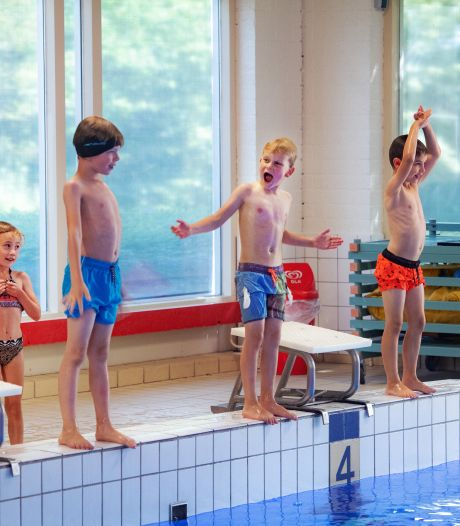 Herinvoeren zwemles in Eindhoven blijkt te duur