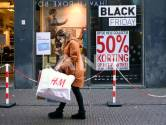 Op koopjesjacht tijdens Black Friday? Deze modeshow wijst je op de keerzijde van goedkope kleding