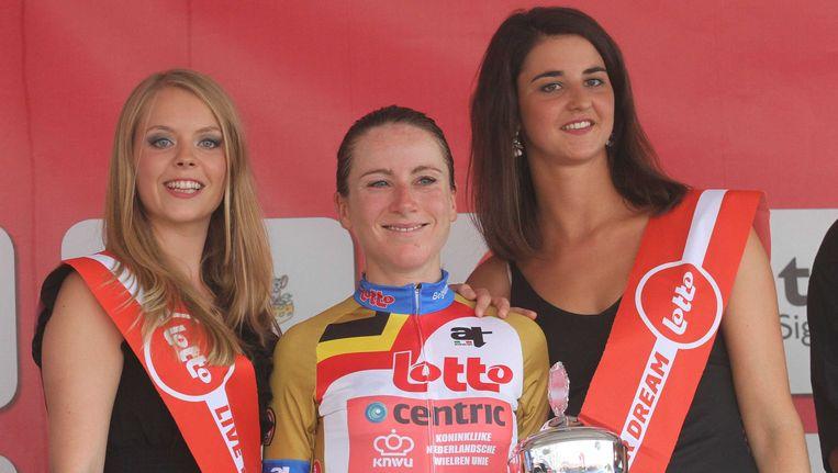 Annemiek van Vleuten was de snelste in de proloog.