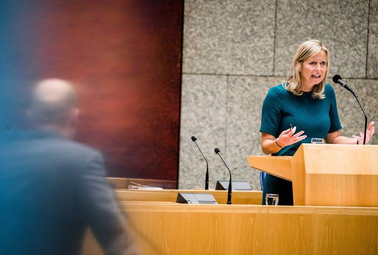 Minister Kajsa Ollongren dinsdag tijdens het wekelijkse vragenuur in de Tweede Kamer. Beeld ANP