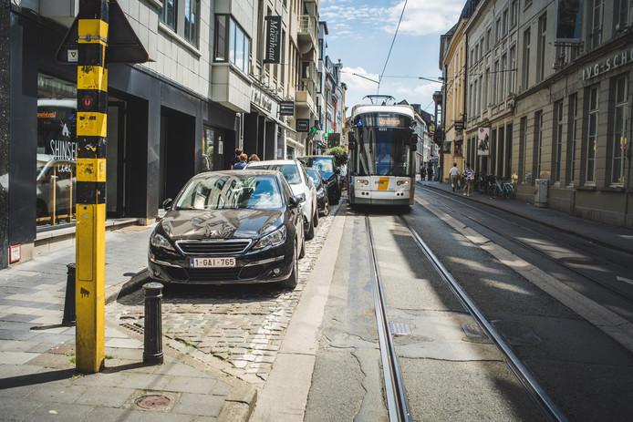 tram aan de nederkouter