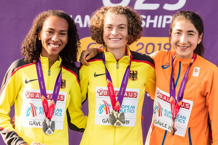 De topdrie van de 10 kilometer op de EK atletiek Onder 23: Miriam Dattke,  Alina Reh en de Velpse Jasmijn Lau