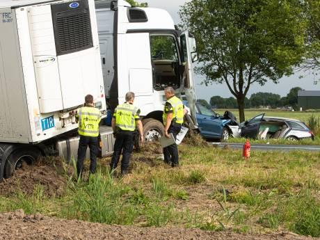 Politie hekelt gefrustreerde bestuurders na ernstig ongeluk Zeewolde: 'Er was iemand aan het vechten voor zijn leven'
