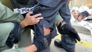 Agent krijgt pijl in het been bij nieuwe rellen in Hongkong