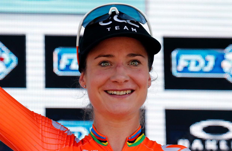 Marianne Vos, hier als winnares van La Course, de vrouwenwedstrijd tijdens de Tour de France.