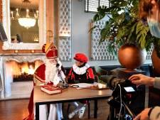 Sinterklaas in coronatijd: vast even bellen met burgemeester Bruls