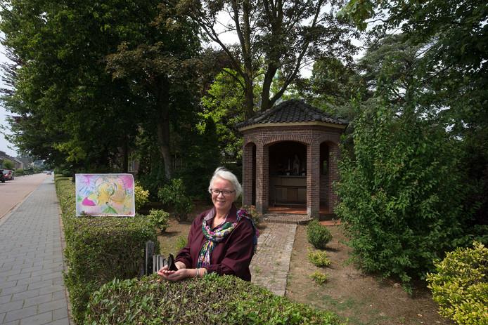 Marjan Minke wil van de pastorie in Nieuw-Dijk een logeerhuis maken voor respijtzorg.