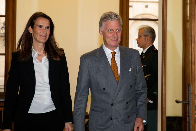 Koning Filip met de nieuwe premier.