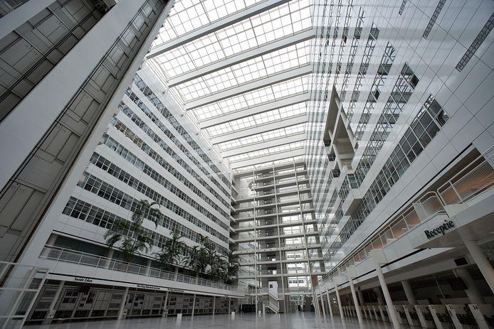 Beeld ter illustratie: het atrium van het stadhuis in Den Haag.