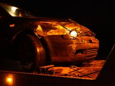 Bestuurder valt in slaap en rijdt tegen vangrail op A1