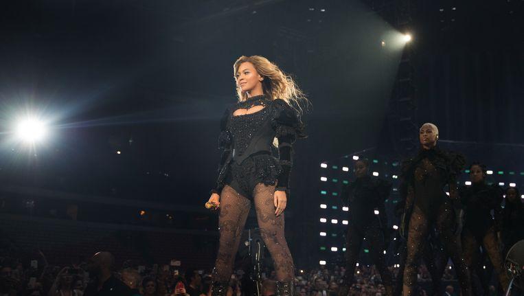 Beyoncé tijdens haar optreden in de Amsterdam Arena. Beeld Invision for Parkwood Entertainment