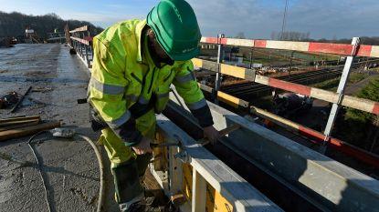 """Nieuwe veiligheidseisen bij spoorwerken hebben zware gevolgen: """"We kunnen niet anders dan sommige lijnen volledig te onderbreken"""""""