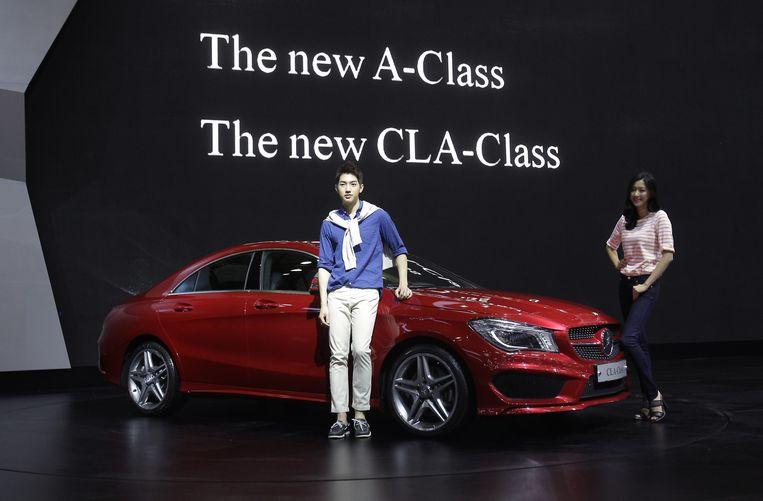 Ooit riep Mercedes automatisch het beeld van een gesettelde zestiger op. Met kleinere modellen en een nieuwe designlijn is de kentering ingezet.