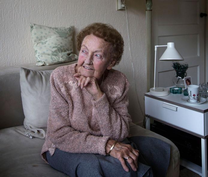 Irmgard van der Velden-Wille
