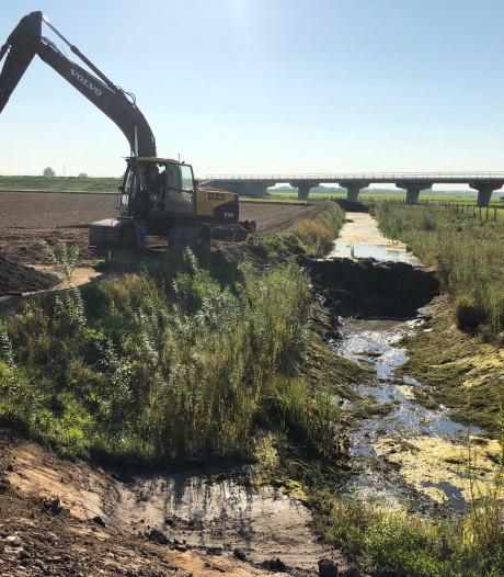 Nieuwe brug houdt percelen bereikbaar bij hoog water