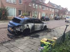 Enschedeër ziet auto in vlammen opgaan: 'Begon helemaal te trillen'