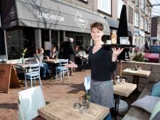 Nog een jaar langer Haagse terrassen op parkeerplaatsen
