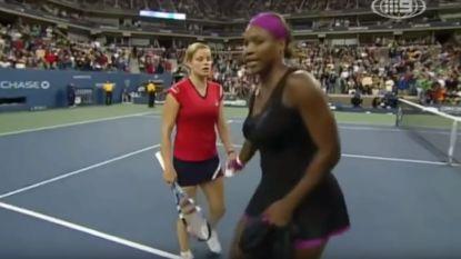 """Ook in partij tegen Kim Clijsters ging Serena al een keertje zwaar door het lint: """"Als ik kon, ramde ik de bal in je keel"""""""