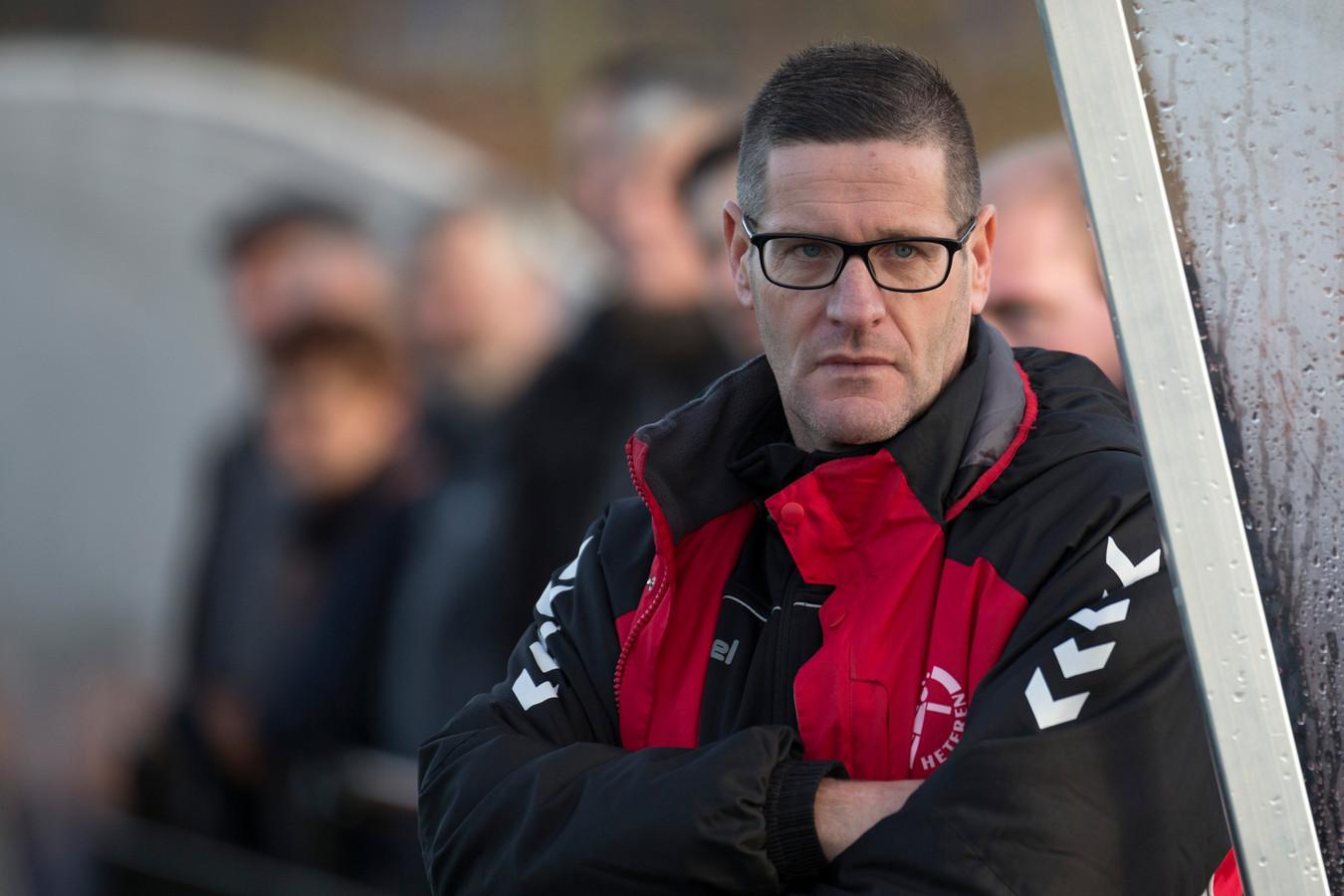 Manfred van den Broek stopt als trainer van OSC. En als voetbaltrainer.