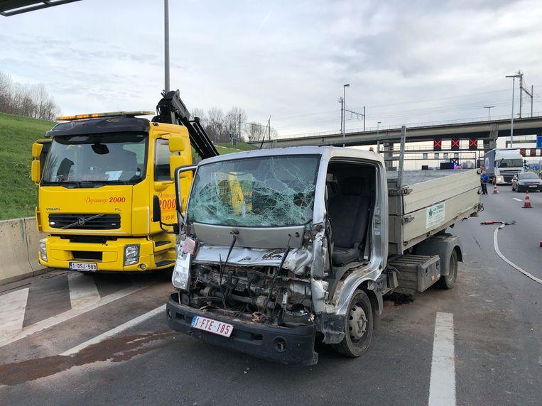 Bij het ongeval waren twee vrachtwagens en een personenwagen betrokken.