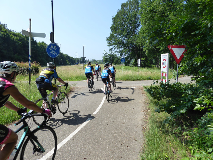 Het fietspad tussen Gestel en Boxtel blijft open voor het langzaam verkeer.