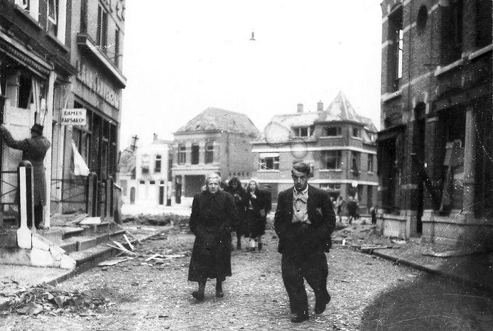 Foto van net na de bevrijding in Roosendaal.